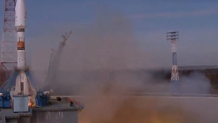 Вспышка, пуск! С Восточного стартовала ракета-носитель Союз