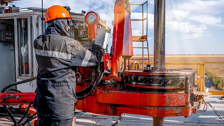 Китай вогнал нефтяной нож в спину России. Нас ждёт золотая блокада