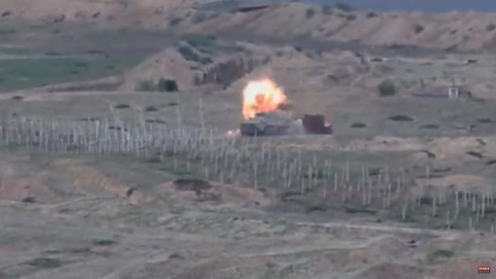 В Нагорном Карабахе сообщили о десятках смертей за два дня боёв с Азербайджаном