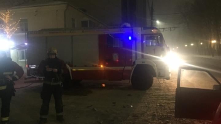 Во Владимире после ДТП загорелся автомобиль