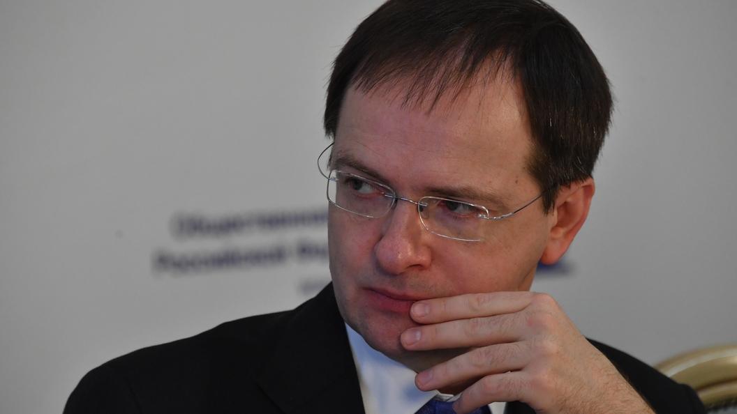 Мединский отчитался Путину о театральном буме в России