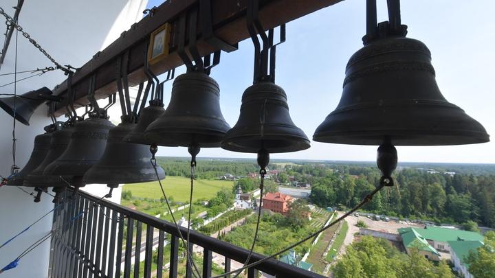 Под звон колоколов: В Среднеуральский женский монастырь вновь нагрянул ОМОН