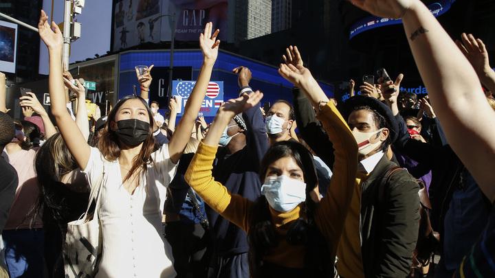 Такое не покажут на телеканалах США: Сторонники Байдена перешли все рамки приличия