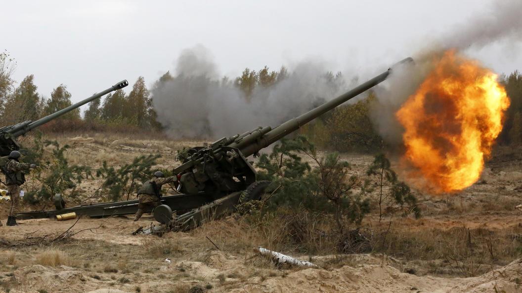 Украина стягивает тяжелую технику в сторону Луганска