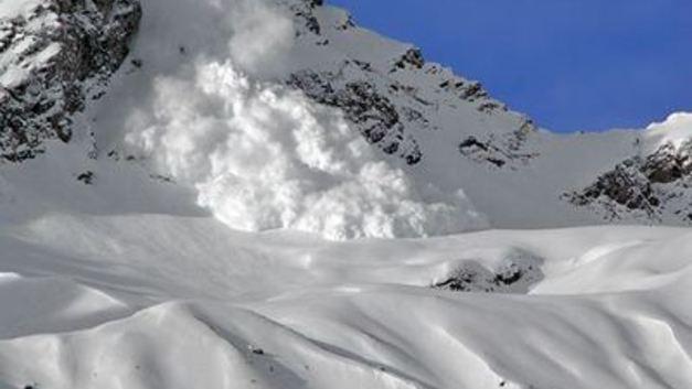В горы лучше не ходить: В Сочи синоптики прогнозируют сход лавины