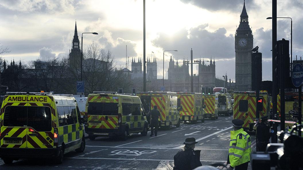 Лондон зализывает раны после теракта - Антверпен принимает эстафету