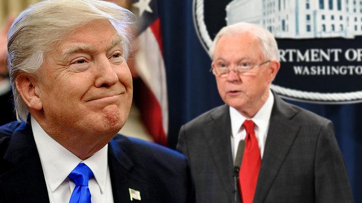 Трамп выгнал генпрокурора, чтобы не угодить под импичмент