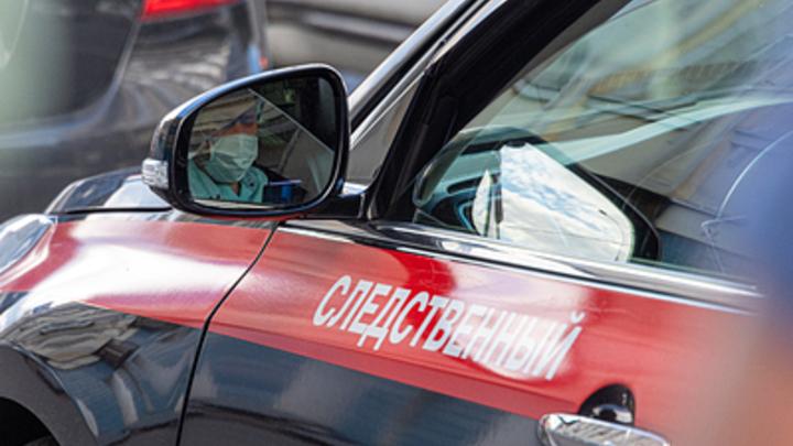 В Новосибирске в квартире нашли тела двух человек с огнестрельными ранениями