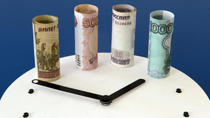 Мёртвый месяц ударил по рублю? Экономист назвал сроки взлёта российской валюты