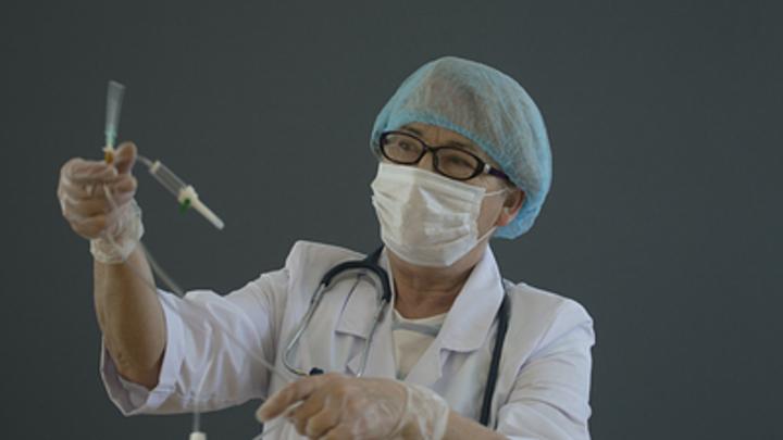 Губернатор Текслер пригласил на работу сотрудников частных медцентров