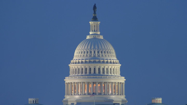 Конгресс США аннулировал аккредитацию журналистов RT
