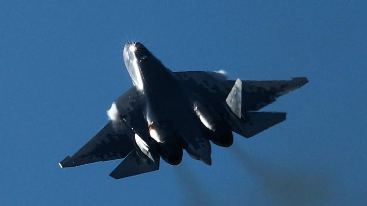 Русский Су-27 в одиночку развернул двоих разведчиков США над Чёрным морем