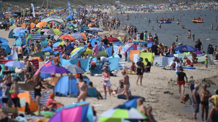Жители Сочи стали обходить стороной местные пляжи: Борщ из людей