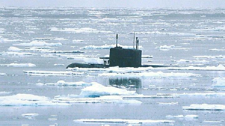 Русская ревущая корова перехватила американский атомный авианосец