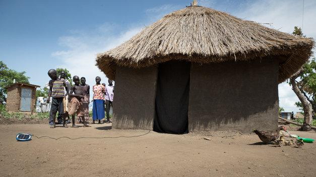 Уганда обложила соцсети налогом