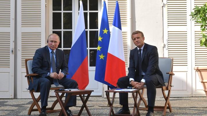 Владимир Путин и Эмманюэль Макрон в телефонном разговоре обсудили ситуацию на Украине