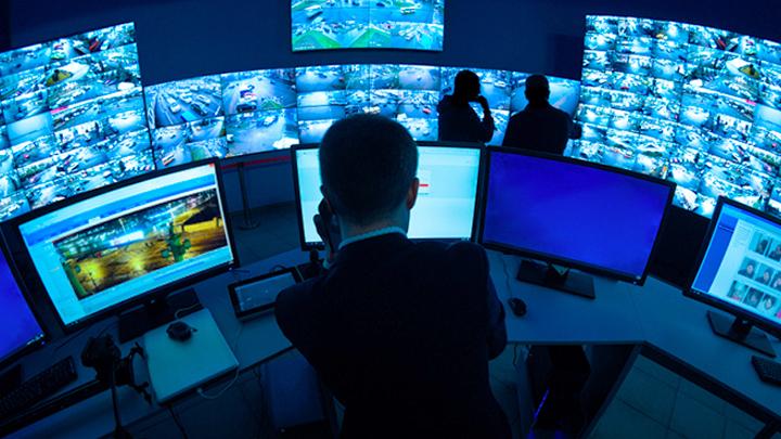 За нами началась тотальная слежка: Цифровая антиутопия в России