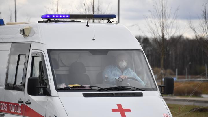 В Минздраве объяснили очереди машин скорой помощи около инфекционных больниц