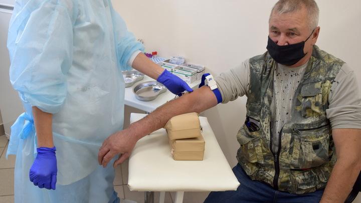 Завершена вакцинация первым компонентом. Как проходят испытания вакцины в Белоруссии