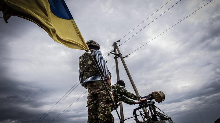 Украинских десантников окончательно декоммунизировали переносом праздника ВДВ