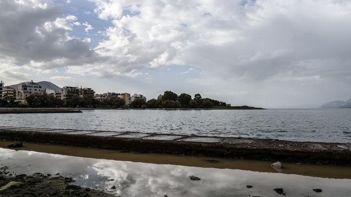 Турецкие чиновники уплыли от Эрдогана в Грецию на надувной лодке
