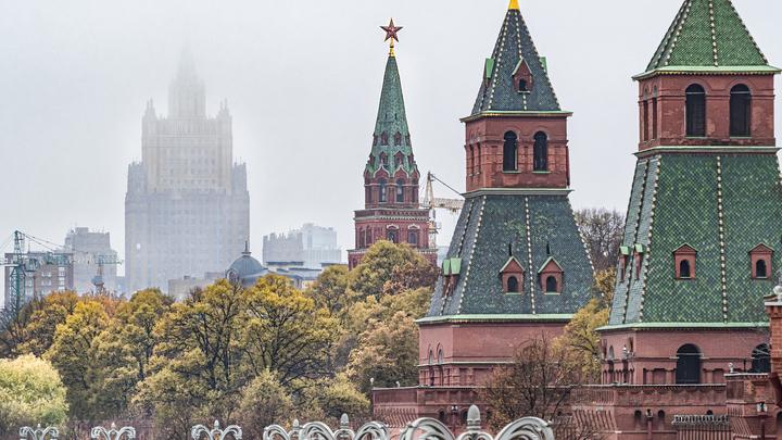 Сбежавшая из Крыма украинка замахнулась на башни Кремля, но вынуждена была признать победу русских