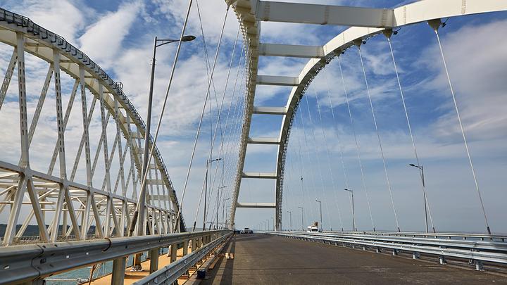 Бомбануло от души: Как соцсети реагируют на открытие Крымского моста