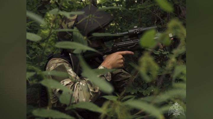 Спецназ для защиты поселка в Кузбассе от террористов применил артиллерию