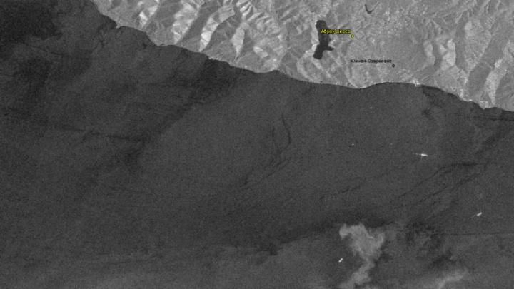 Следы нефтяного пятна возле Новороссийска исчезли со спутниковых снимков