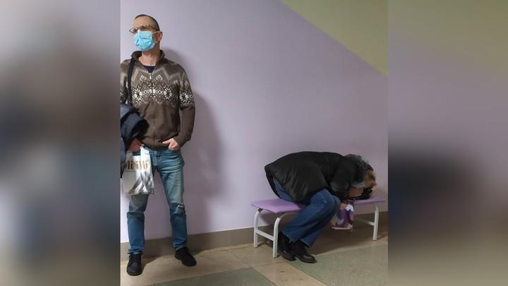 В Челябинске чиновники объяснили очереди в поликлиниках