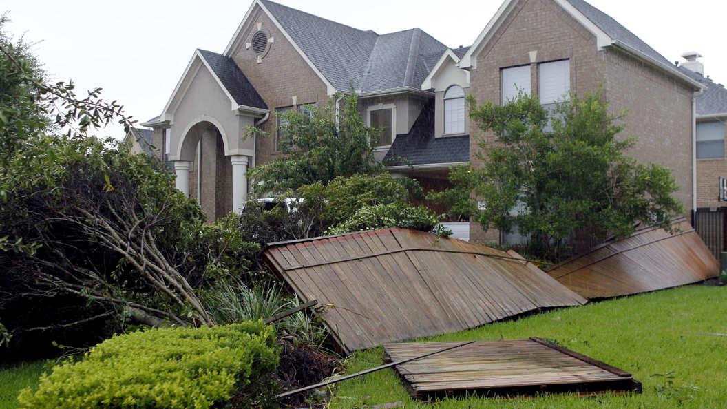 В Техасе после урагана Харви более 30 человек пропали без вести