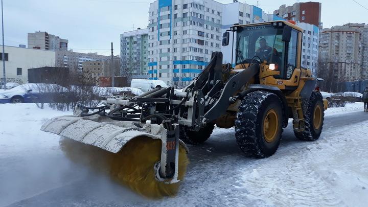 Почти 20 тысяч кубометров снега вывезли с новосибирских улиц за минувшие выходные