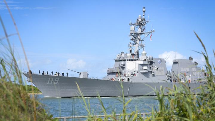 Учения НАТО провалились: Русские корабли разогнали украинцев и американцев