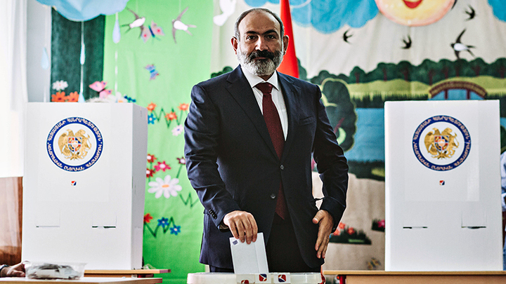 Это не позор – это Армения. Армяне проголосовали против Карабаха