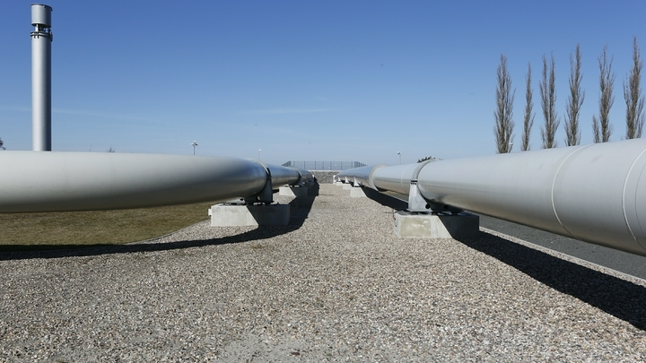 Северный поток - 2 не поставит Европу в энергетическую зависимость от России - депутат бундестага