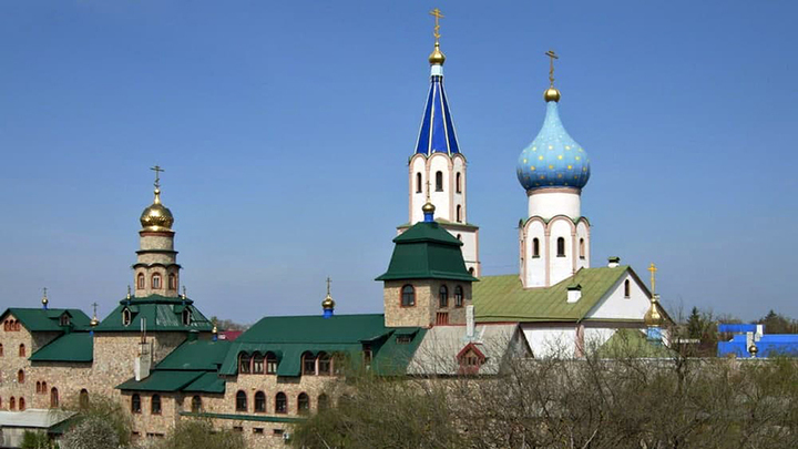 Покажите документы о святости: Чиновники оскверняют уникальный монастырь
