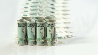 ФАС рассматриваетходатайство Онэксима на покупку 100% акций банка МФК