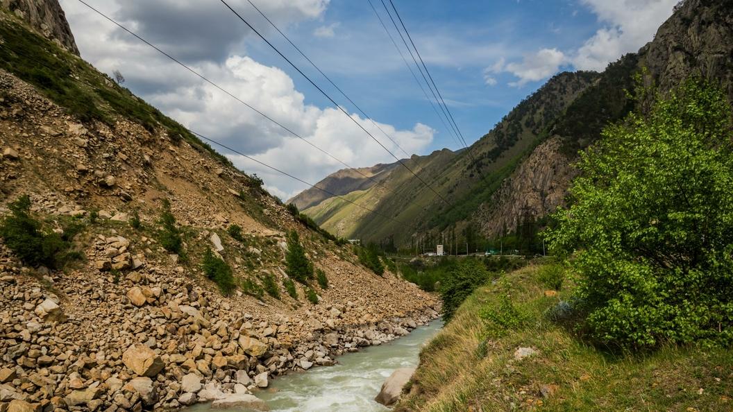 Президент России и глава Кабардино-Балкарии обсудили помощь людям после схода селей