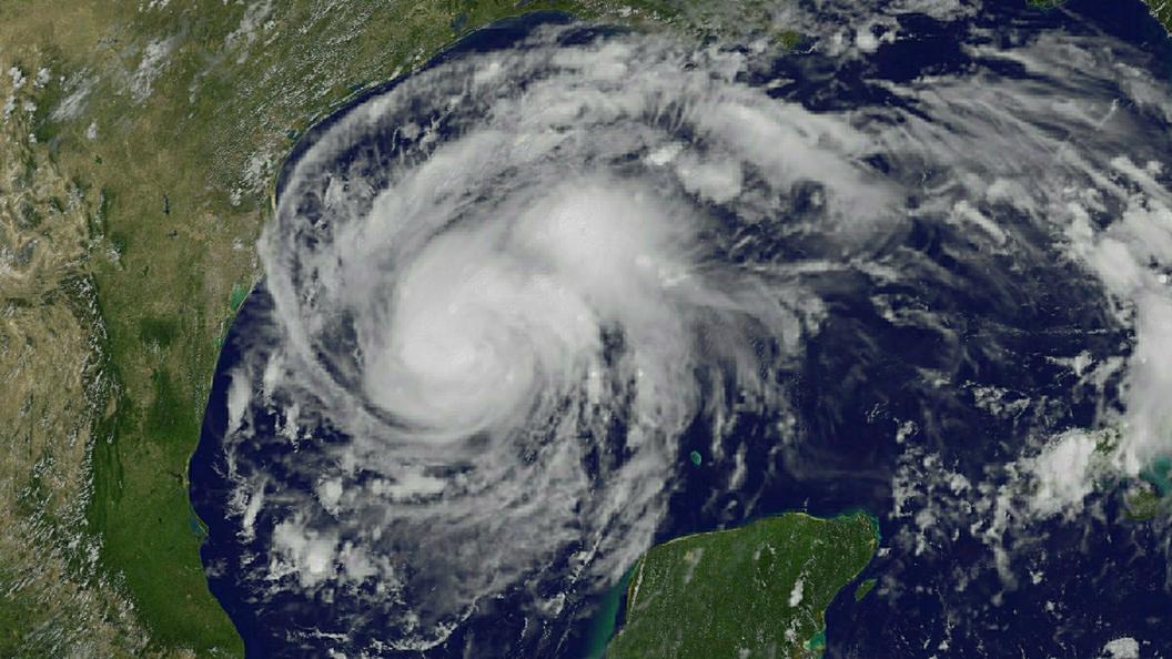 220 километров в час: Ирма готовится превзойти Катрину по скорости разрушительного ветра