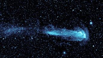 Метеор из потока Персеиды напугал петербуржцев