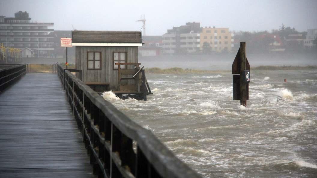 У побережья Мексики сформировался новый шторм Макс