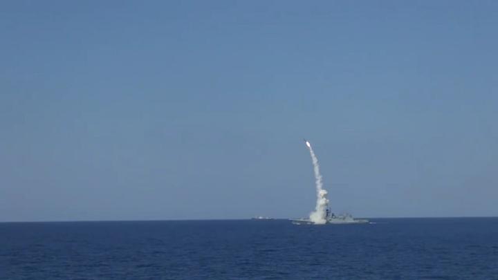 Российские подлодки ударили крылатыми ракетами по ИГИЛ близ Дейр-эз-Зора