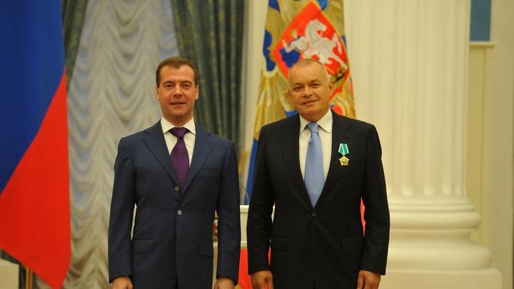 Продолжения не будет: Дмитрий Киселев отказался участвовать в войне телеканалов