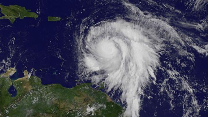 В полной власти урагана: премьер Доминики рассказал об обрушении Марии на его дом