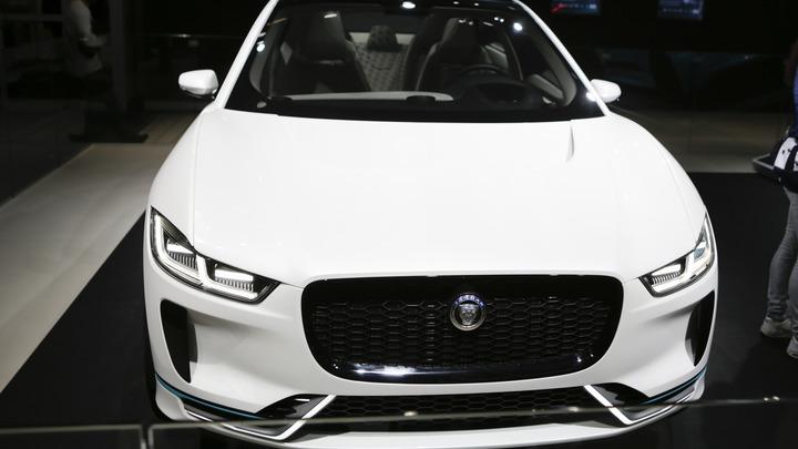 Jaguar Land Rover будет выпускать электрокары с голосовым управлением