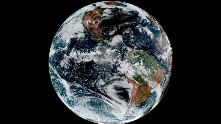 Российский спутник Глонасс-М приняли на управление на Земле