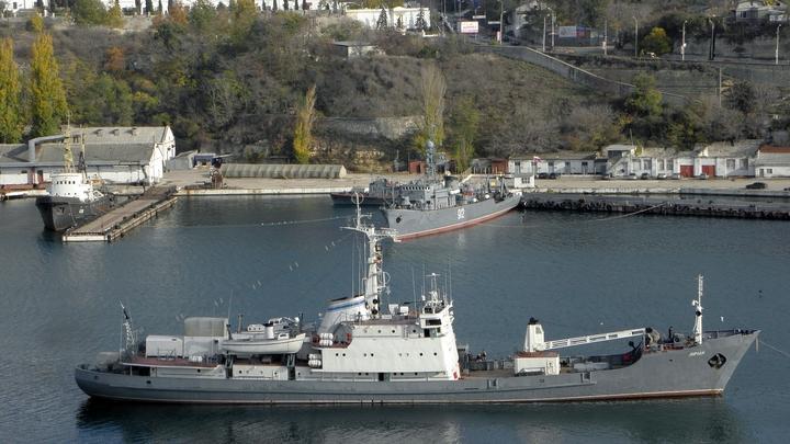 Вице-адмирал Валерий Куликов уволен с военной службы
