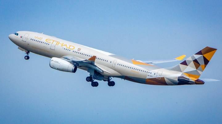 Пилот Etihad Airways скончался за штурвалом во время полета