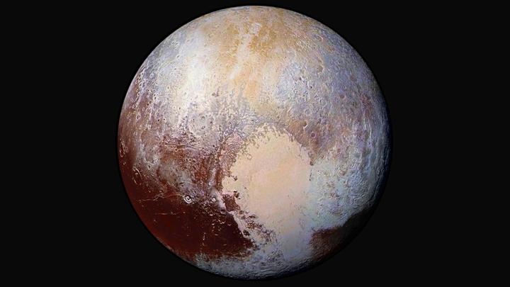 Ученые раскрыли тайну создания огромных ледяных зубов на Плутоне
