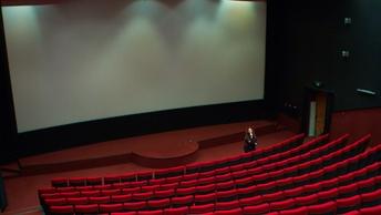 Зрители аплодировали стоя: Фильм Крым показали в Кремле